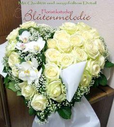Funeral Flowers, Heart Shapes, Floral Wreath, Wreaths, Rose, Beautiful, Videos, Flowers, Funeral Flower Arrangements