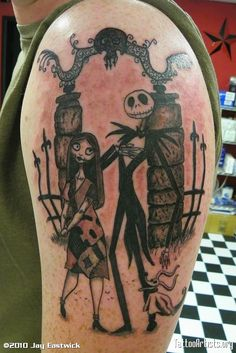 Awesome  Nightmare Before Christmas tattoo!! <3