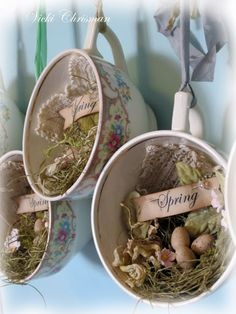 Tea-cup spring nests ~ w doilies, moss nest, eggs, tiny flowers (polymer?) and word tag Easter or spring decoration Easter Crafts, Christmas Crafts, Christmas Ornaments, Christmas Tree, Teacup Crafts, Teacup Decor, Deco Champetre, Pot Pourri, Vintage Easter