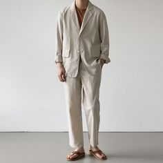 Mens Minimalist Fashion - My Minimalist Living Korean Fashion Men, Boy Fashion, Mens Fashion, Mens Linen Outfits, Casual Winter Outfits, Japan Fashion, Japanese Minimalist Fashion, Clothes, Moda Masculina