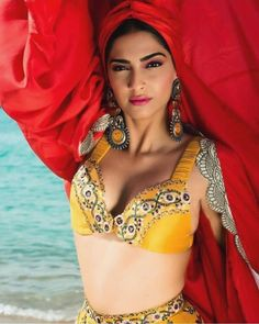 Beautiful and gorgeous bollywood actress: Hot boobs and cleavage of sonam kapoor Bollywood Actress Hot Photos, Indian Bollywood Actress, Indian Celebrities, Bollywood Celebrities, Bollywood Actors, Beautiful Indian Actress, Beautiful Actresses, Beautiful Women, Hot Actresses
