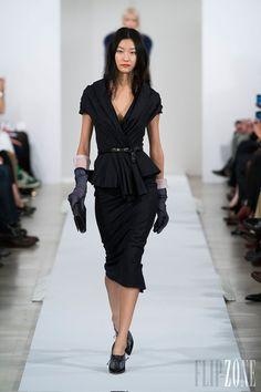 Oscar de la Renta - Ready-to-Wear - Fall-winter 2013-2014 - http://en.flip-zone.com/fashion/ready-to-wear/fashion-houses-42/oscar-de-la-renta - ©PixelFormula