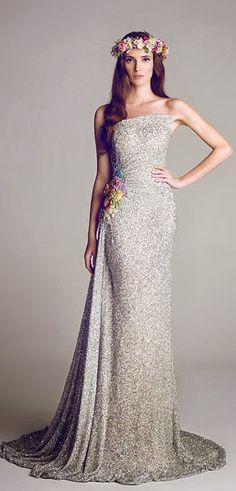 Divas bajo la luna - Una colección especial de vestidos de noche