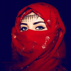 girl fashion eyes muslim blue eyes woman Make up islam dubai arabic arab arabian uae Hijabi Hijab middle east Muslimah KSA abaya niqab unite...
