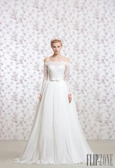 Georges Hobeika 2016 collection - Bridal - http://www.flip-zone.com/Georges-Hobeika-5939