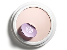 Tatcha has reformulated its primer to create The Liquid Silk Canvas, a lightweight and oil-free primer that works on all skin types. Best Makeup Primer, Lip Primer, Best Makeup Products, Makeup Artist Tips, Makeup Tips, Eye Makeup, Water Based Foundation, Perfect Eyes, Celebrity Makeup