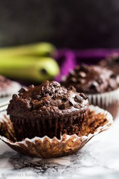 Chocolate Banana Muffins | marshasbakingaddiction.com @marshasbakeblog