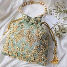 Vintage Purses, Vintage Handbags, Potli Bags, Beaded Bags, Beaded Purses, Unique Purses, Gifts For Your Boyfriend, Beautiful Bags, Purses And Handbags