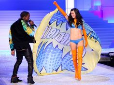 Kanye West and Adriana Lima at Victoria's Secret Fashion Show 2011, performs STRONGER