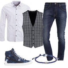 Jeans e camicia slim fit, gilet grey dalla vestibilità stretta con fantasia a scacchi, sneakers alte denim Diesel e bracciale Fossil. Un look perfetto per la quotidianità ma anche per una serata con gli amici.