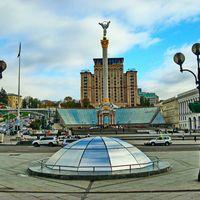 17 сентября состоялось открытие POP-UP STORE украинских дизайнеров одежды и аксессуаров в ТЦ «Глобус» (3-я линия, 1-й этаж).