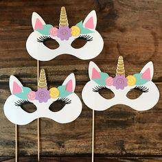 Set Of 4 Unicorn Photo Booth Prop Sticks- Party Props, Animal Masks Clown Crafts, Fish Crafts, Unicorn Crafts, Diy For Kids, Crafts For Kids, Photo Booth Props, Carnival Photo Booths, Unicorn Mask, Unicorn Photos