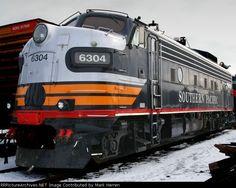 Southern Pacific EMD Diesel.
