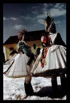 From Buják, NHA Néprajzi Múzeum   Online Gyűjtemények - Etnológiai Archívum, Diapozitív-gyűjtemény Folk Costume, Costumes, Traditional Dresses, Hungary, Embroidery Patterns, Culture, Pictures, Fashion, Bebe