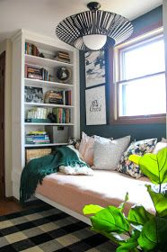 Inspiration from the Bright Green Door. We transformed this space with built ins using Ikea bookshelves. This daybed space is so versitile and provides so much storage. Ikea Office, Office Nook, Guest Room Office, Ikea Daybed, Daybed Room, Oak Floating Shelves, Blue Shelves, Ikea Furniture, Furniture Design