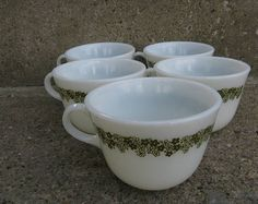 pyrex crazy daisy coffee cups pyrex spring blossoms 1970s kitchen opal glass