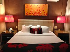 Red Bedroom at The Hutton Hotel – Nashville, Tennessee