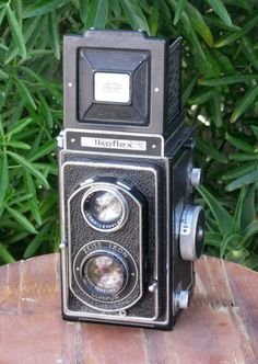 Vintage Zeiss Ikon Ikoflex Twin Lens Reflex 120 film camera by CanemahStudios on Etsy