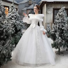 2014 New White Lace wedding dresses spring and summer and winter bridal gown jogos fashion mariage bride custom princess dress Cotton Wedding Dresses, White Lace Wedding Dress, Wedding Gowns With Sleeves, Formal Dresses For Weddings, Long Sleeve Wedding, Elegant Wedding Dress, Bridal Dresses, Dress Formal, Winter Gowns
