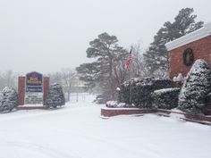 The BEST WESTERN Eureka Inn after a 2013 winter snow fall. #arkansas #hotels #travel