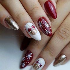 Christmas Gel Nails, Xmas Nail Art, Christmas Nail Art Designs, Christmas Holiday, Christmas Present Nail Art, Red Nail Art, Christmas Girls, Christmas Trees, Nail Art Designs Videos