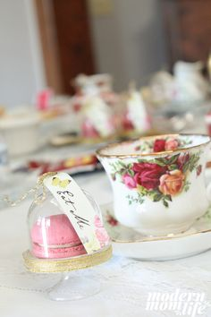 5 Tips to Host a Gorgeous Mad Hatter Tea Party - Modern Mom Life