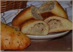 Pirohy se zelím Baked Potato, Potatoes, Menu, Baking, Vegetables, Ethnic Recipes, Food, Cooking, Menu Board Design