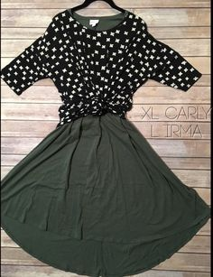 Lularoe flat lay Irma knotted over Carly ways to wear outfit photo