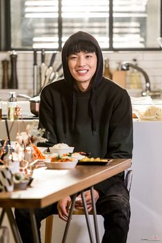 Asian Actors, Korean Actors, Korean Dramas, My Shy Boss, Introverted Boss, Queen For Seven Days, Yeon Woo Jin, Kang Haneul, Jung Il Woo