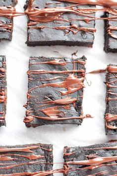 Healthy Brownies recipe with pumpkin. to make ultra fudgy brownies that are healthy and gluten-free by using the secret ingredient, pumpkin! Fudgy Brownie Recipe, Healthy Brownies, Gluten Free Brownies, Healthy Cookies, Gluten Free Desserts, Brownie Recipes, Healthy Desserts, Fudgy Brownies, Paleo Treats