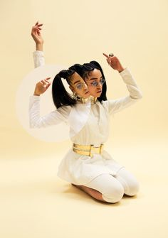 """voulair: FKA Twigs photographed by Charlie. - voulair: """"FKA Twigs photographed by Charlie Engman """" Movement Photography, Portrait Photography, Fashion Photography, Amazing Photography, Fashion Poses, Grunge Hair, Pop Singers, Press Photo, Aesthetic Wallpapers"""