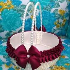 Wedding Gift Baskets, Diy Gift Baskets, Wedding Gift Wrapping, Wedding Bag, Diy Wedding, Wedding Gifts, Housewarming Decorations, Colorful Rangoli Designs, Wedding Stage Decorations