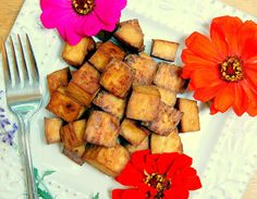 Asian Baked Tofu  Serves 4  INGREDIENTS:      1 (14) oz container extra firm tofu     2 tbsp Bragg Liquid Amino     1/3 cup brown ri...