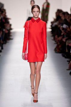 Défile Valentino Prêt-à-porter Automne-hiver 2014-2015 - Look 11