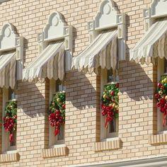Main Street Holiday #Disneyland