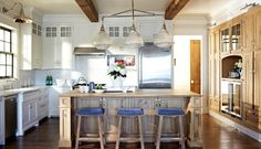 White kitchen. Coastal kitchen.