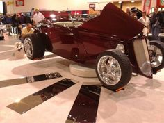 Rotating car