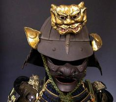 World of Ethno : Photo Samurai Helmet, Warrior Helmet, Samurai Armor, Japanese Mask, Japanese Warrior, Elmo, Real Samurai, Samourai Tattoo, Japanese Artwork
