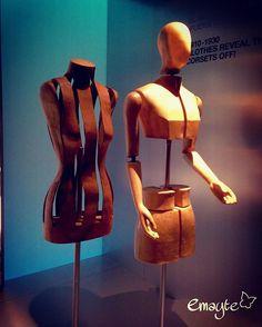 El cuerpo vestido. Siluetas y moda (1550-2015) # #phonepics #emayte