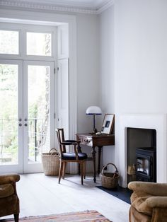 Spotted in the portfolio of London architectSadie Snelson: an artfully restored period house in Notting Hill with an unexpected Scandi-style rooftop spa.