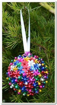 How to make Sequin Christmas Tree Ornaments — Scribbled fun colors and flower shapes!