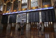 Bolsas da Europa recuam com petróleo e reta final da eleição nos EUA - http://po.st/HrjTRy  #Bolsa-de-Valores -