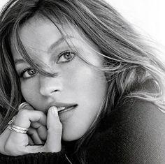 50 melhores imagens de Photoshoot   Black, white, Celebrities e Faces f97f0209cc