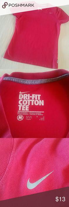 Nike cranberry dri fit cotton tee, medium Nike tee, medium, dri fit cotton, cranberry color, preowned Nike Tops Tees - Short Sleeve