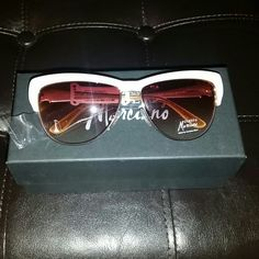 Cat Eye Sunglasses Ivory and gold sunglasses. NWT and all original packaging. Never worn. Guess by Marciano Accessories Sunglasses