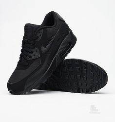 huge inventory f7c80 53b93 Air Max 90 Essential Nike Nike Air Max Black, Black Nike Shoes, Nike Air