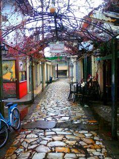 Κομοτηνή ~ σε σοκάκια και στενάκια….. Komotini ~ in alleys and steep backstreets….