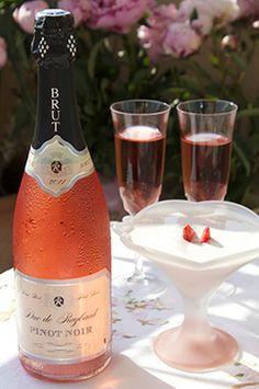 "French Provence wine ""Duc de Raybaud"" Pinot noir, rosé sparkling wine, ""Vins Breban""."