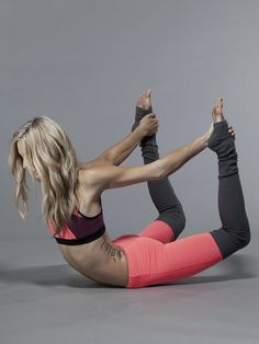 Alo Yoga Goddess Ribbed Legging in Volcano/Stormy Heather #Carbon38