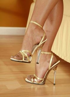 World of high heels: Archive Hot Heels, Sexy High Heels, High Heel Pumps, Stilettos, Frauen In High Heels, Beautiful High Heels, Sexy Legs And Heels, Open Toe High Heels, Strappy Heels